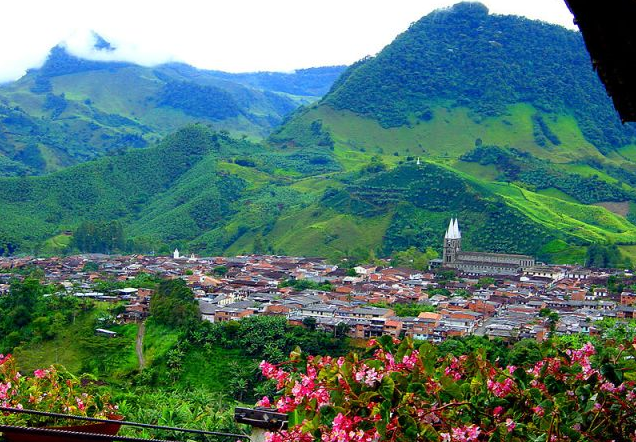 Building renewable energy in Colombia and Panama
